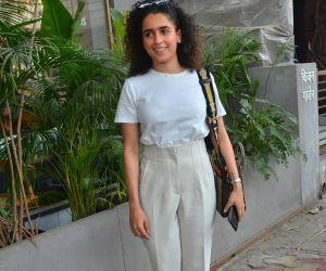 Actress Sanya Malhotra pose for photo.