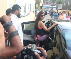 Actress Shilpa Shetty seen at Juhu Street