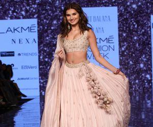 Actress Tara Sutaria Walk in Lakme Fashion Week 2020