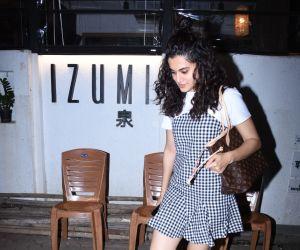 Actress Taapsee Pannu visit hotel izumi bandra
