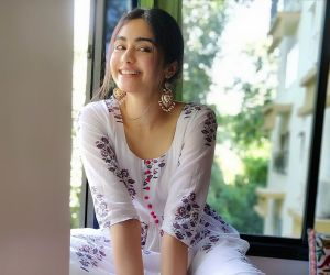 Adah Sharma new cute different style photos free download