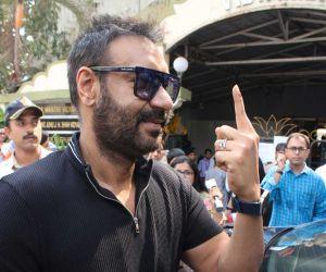 Ajay Devgan voting at juhu