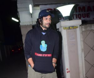 Ali Fazal Spotted At Bandra