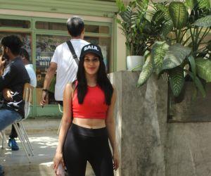Amayra Dastur spotted at kitchen garden bandra
