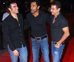 Arbaaz Khan, Suniel Shetty and Sanjay Kapoor