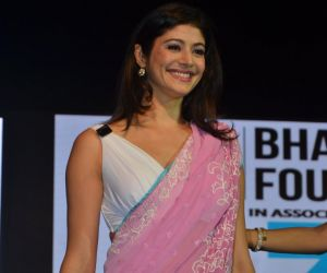 Pooja Batra attend Asif Bhamla foundation event