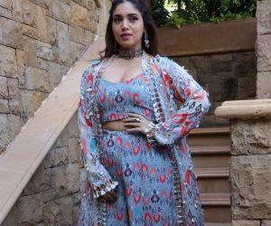 Actress Bhumi Pedneka posses for Photo.