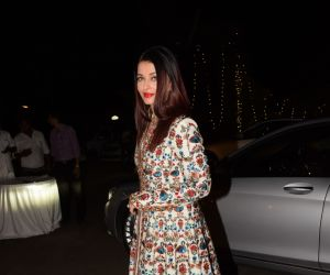 Bollywood Celebs attend a wedding reception