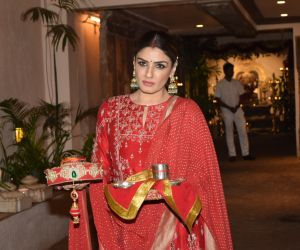 Raveena Tandon celebrate Karva chauth at Anil Kapoor's house in juhu