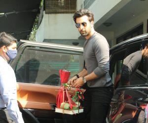 Ranbir Kapoor At Shashi Kapoor's House For Xmas Brunch
