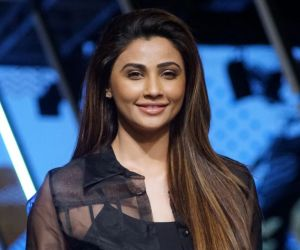 Actress Daisy Shah ethnic