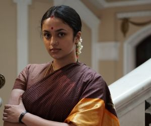 Nadigaiyar Thilagam Movie Still