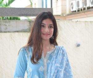 Divya Khosla at Tseries office for Ganpati immersion