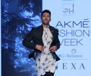 Sahil Anand  On Ramp In L F W 2020-