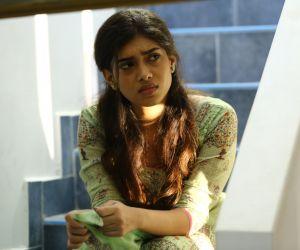 Bodhai Yeri Budhi Maari Movie Still