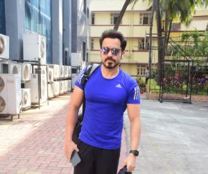 Emraan Hashmi Spotted Gym In Bandra