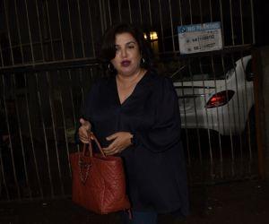 Farah Khan Spotted At Kromakay Salon In Juhu