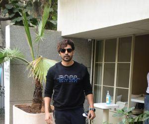 Gurmeet Choudhary Spotted At Bandra