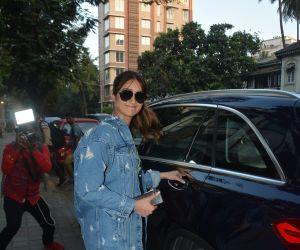 Ileana D'cruz spotted at clinic in bandra
