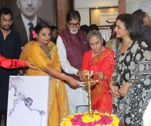 Amitabh Bachchan, Jaya Bachchan, Kiara Advani, Shabana Azmi and Javed Akhtar at the inauguration of Aditiya Singh's exhibit