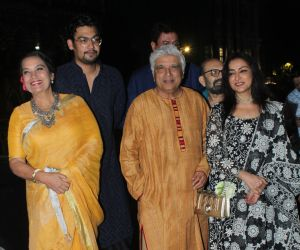 Shabana Azmi and Javed Akhtar at the inauguration of Aditiya Singh's exhibit