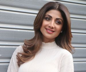 Shilpa Shetty raises the