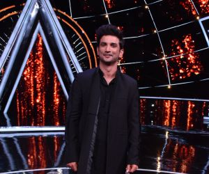 Sushant Singh Rajput at indian idol Photos