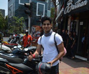 Ishan khattar spotted at Bastian Bandra