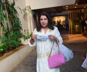 Farah Khan spotted at Anil Kapoor's house in juhu