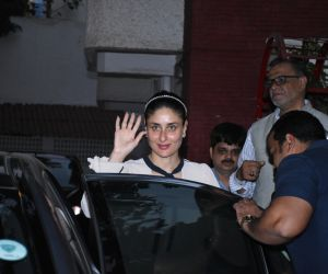 Kareena Kapoor seen at bandra