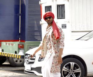 Kartik Aaryan Spotted At On Location Shoot Of Bhool Bhulaiyaa 2 At Chitra Studio