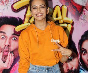 Actress Kriti kharbanda Hosted a Special Screening of their film Pagalpanti.