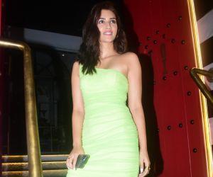 Kriti Sanon Spotted At Tori In Bandra