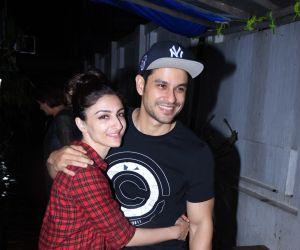 Kunal Khemu and Soha Ali Khan spotted at izumi bandra