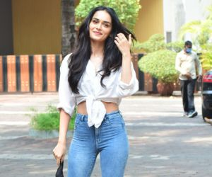 ManushiChhillar Spotted At YRF Studio Andheri - Photo
