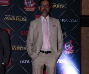 Many Bollywood Celebs At Reel Movies Award 2018