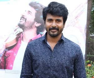 Sivakarthikeyan Drops Doctor First Look On His Birthday