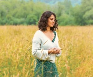 Anushka starring Nishabdham movie still