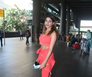 Nikki tamboli spotted at airport arrival