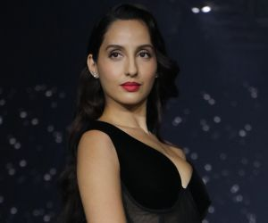 Nora Fatehi grooves to her Bollywood hits at live show in Paris today