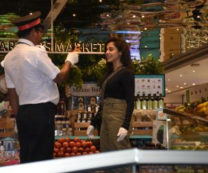Nushrat Bharucha gets snapped at Food Hall in Khar