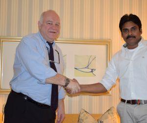 Pawan Kalyan Meet To Prof Steve Photos