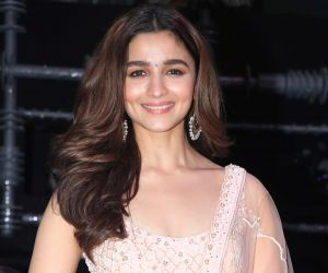 Alia Bhatt nails in chic