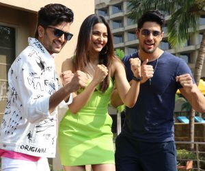 Rakul Preet Singh, Sidharth Malhotra, Riteish Deshmukh Promotion Of their Movie Marjaavaan