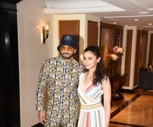 Ranveer singh and Alia Bhatt spotted at interviews of movie gully boy