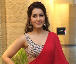Rashi Khanna new pic