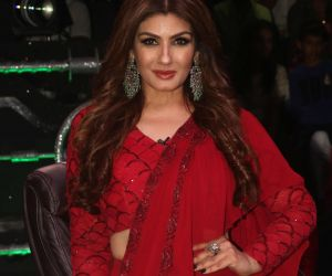 Raveena Tandon on the sets of Super Dancer in goregoan