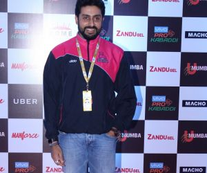 Red Carpet Of Opening Day Of PRO KABADDI Match In Mumbai