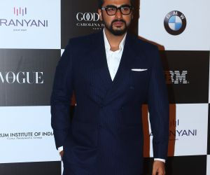 Arjun Kapoor's zeal for teal makes him look dapper in formal suit
