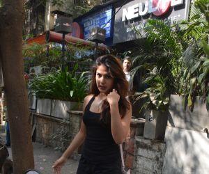 Rhea chakraborty spotted at kitchen garden bandra